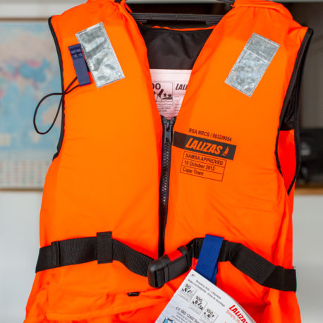 lalizas-life-jacket-100N-90kg